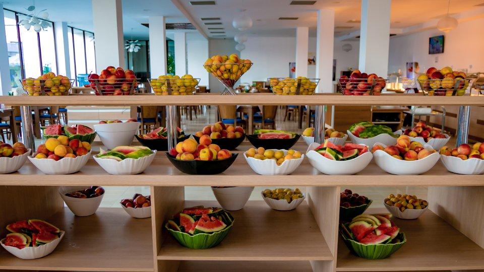 Cazare litoral vile - apartament junior - fructe