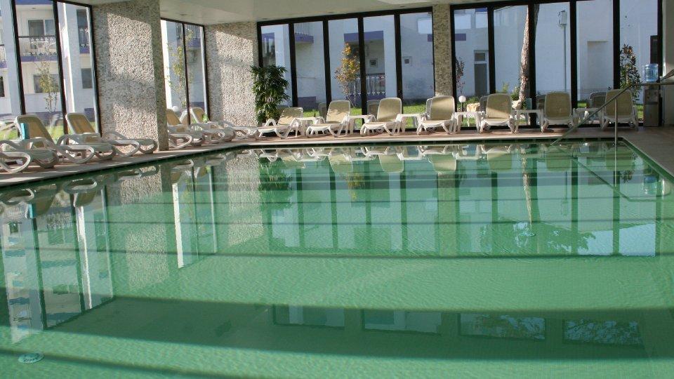 Cazare litoral vile - apartament junior - piscina interioara