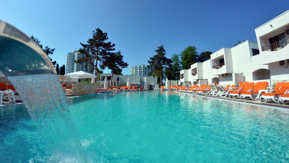 Cazare litoral vile - apartament junior - vile cu piscina
