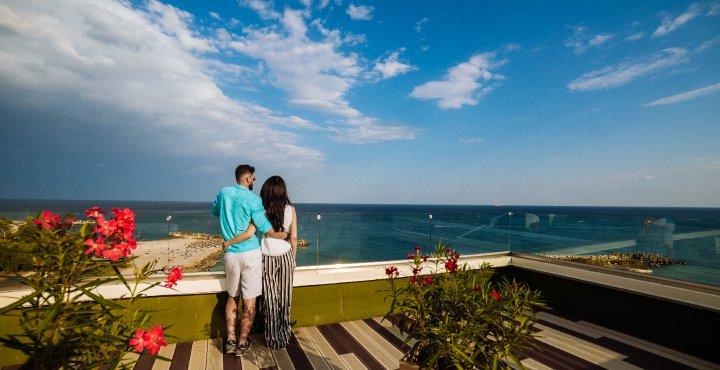 Cazare la mare in Cap Aurora - apartament junior cu jacuzzi - vedere la mare