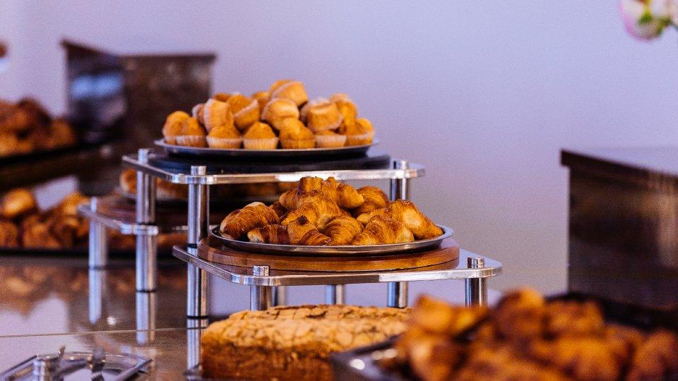 mic dejun la hotel in Cap Aurora - apartament junior - bufet