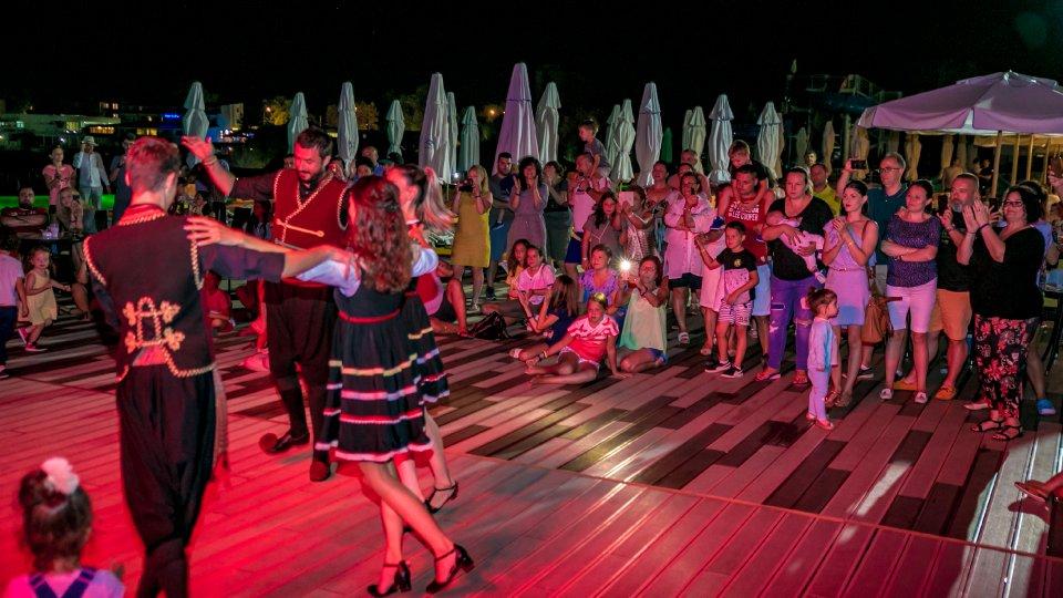 Cazare Cap Aurora - apartament junior - petreceri tematice