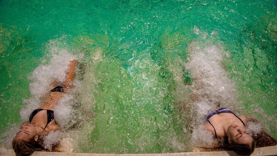 allinclusive Onix Cap Aurora - apartament junior cu jacuzzi - piscina cu jet de apa