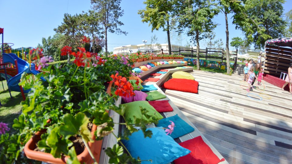 Cazare litoral vile - camere comunicante - loc de relaxare
