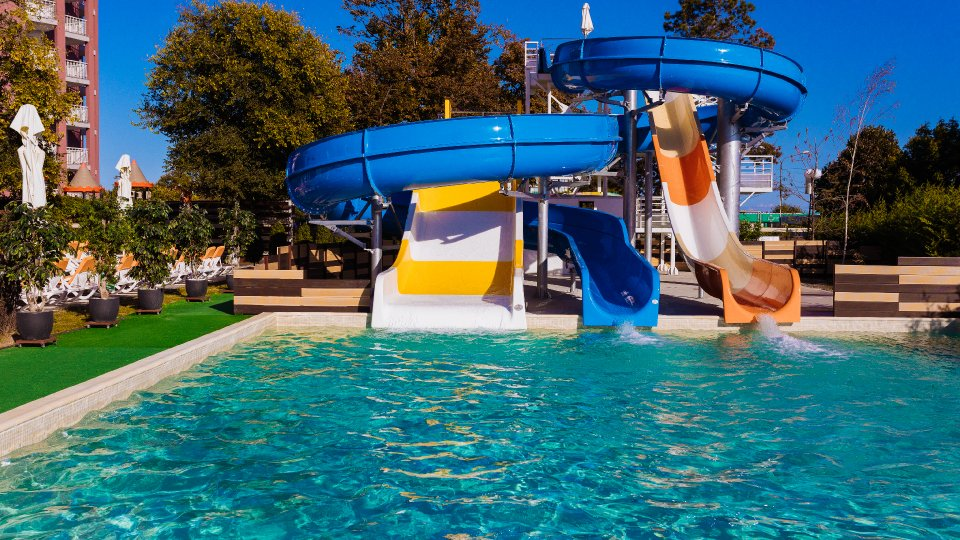 sejur all inclusive - atractii acvatice - mini aqua park