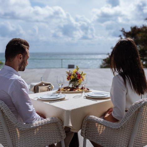 Hotel Mera Brise Mangalia - cina in doi