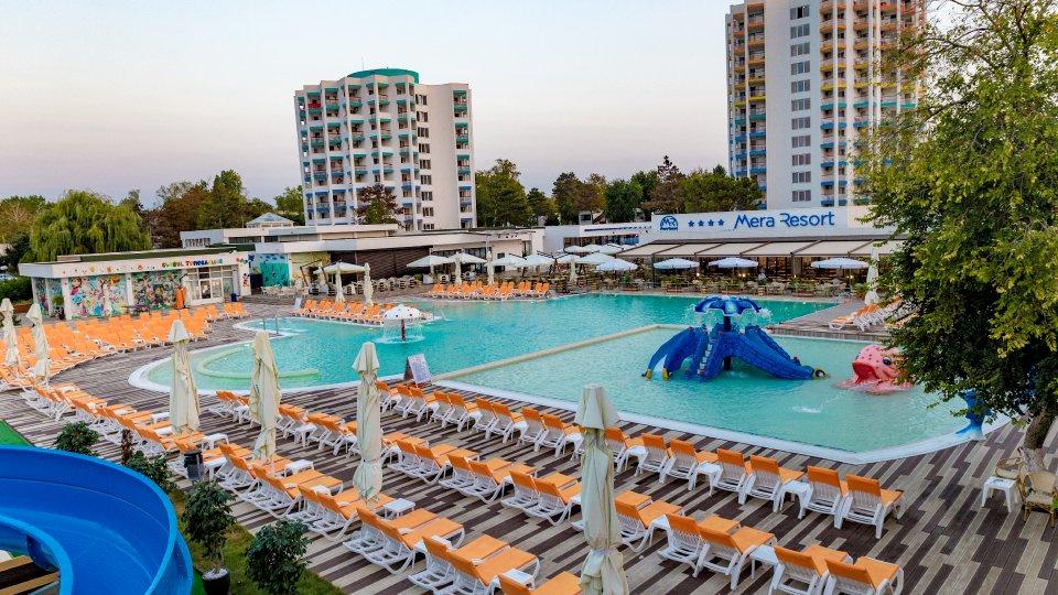 Vacanta la mare all inclusive - piscina pentru copii