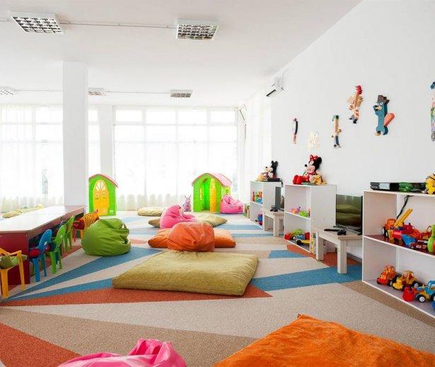 interior camera hotel pentrusejur all inclusive la Marea Neagră