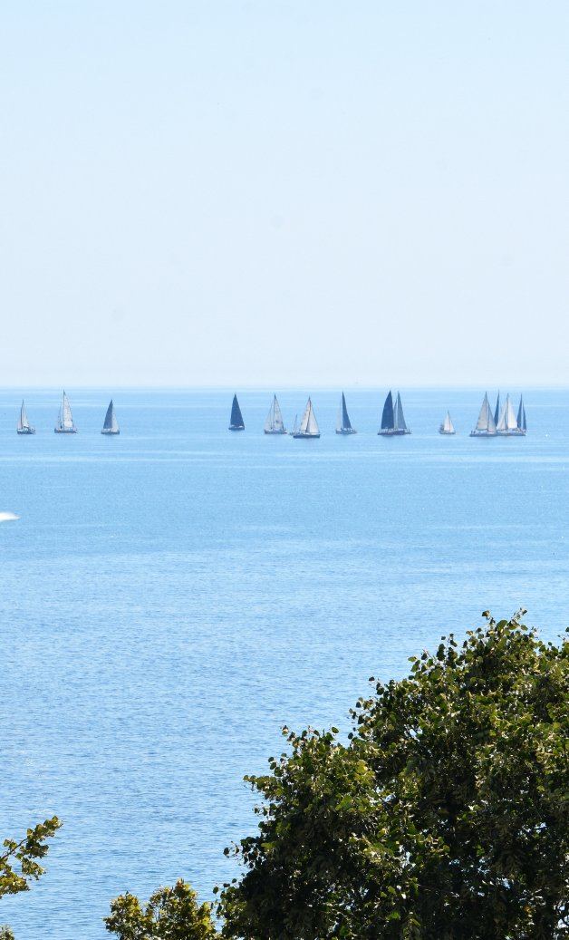 Cazare in Mangalia pe litoralul romanesc - vedere catre mare