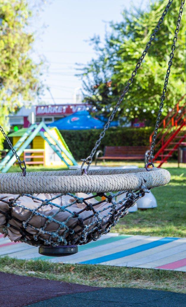 spatii pentru copii outdoor la mare