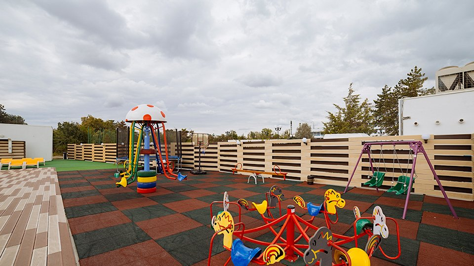 Vacanta all inclusive - Kids Club exterior - Mera Onix
