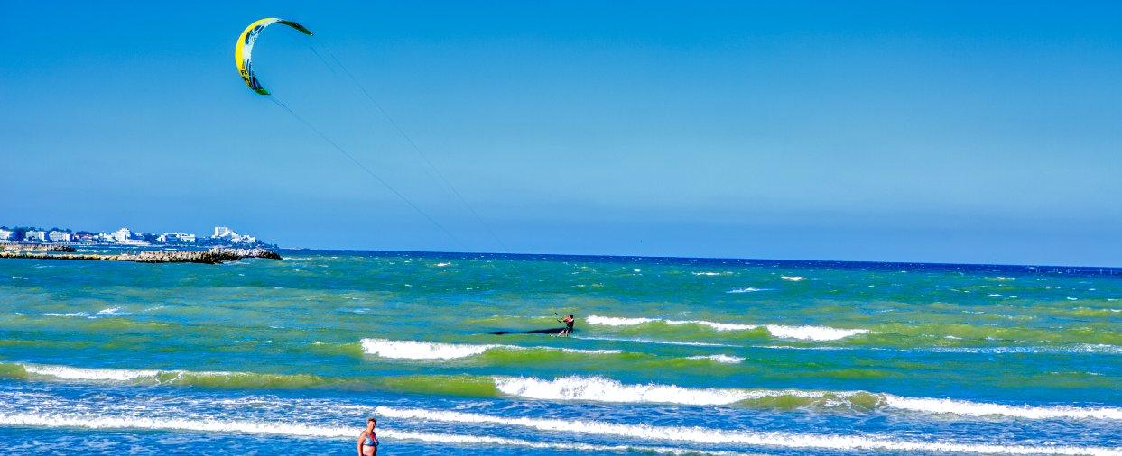 plaja si port mangalia