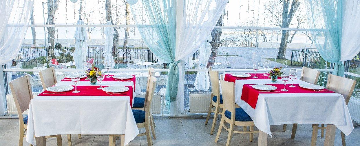 restaurant si cazare Mangalia Mera Brise