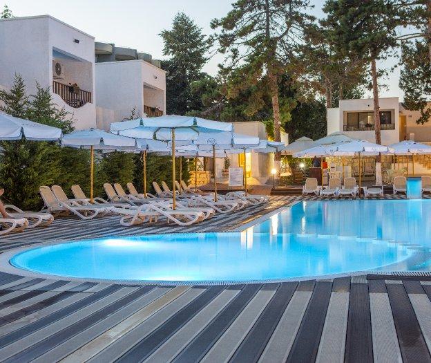 Bar la Vile- Mera Resort