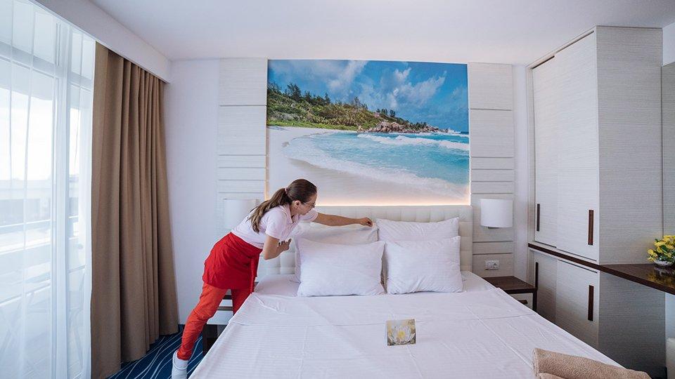 Cazare in hotel de 4 stele cu all inclusive- Mera Onix