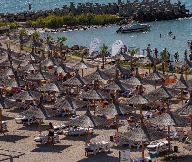 Plaja privataMeraOnixCapAurora