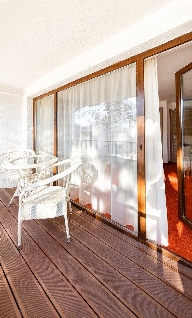 Cazare litoral vile - apartament junior - balcon