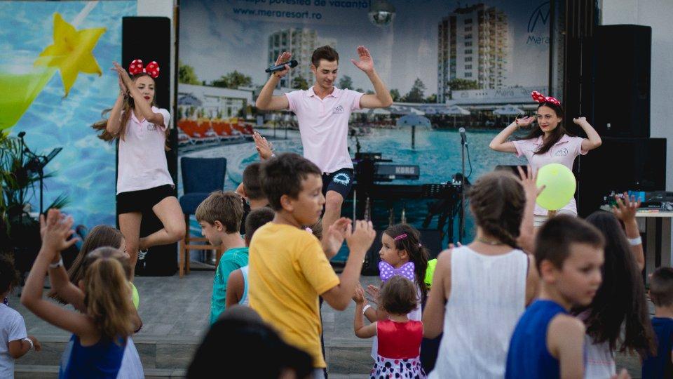 Vacanta all inclusive - Animatori pentru distractia copiilor - Mera Resort
