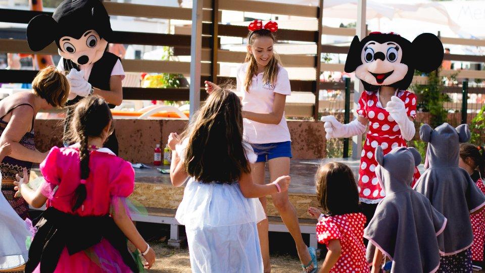 Vacanta all inclusive - Seri artistice pentur copii - Mera Resort