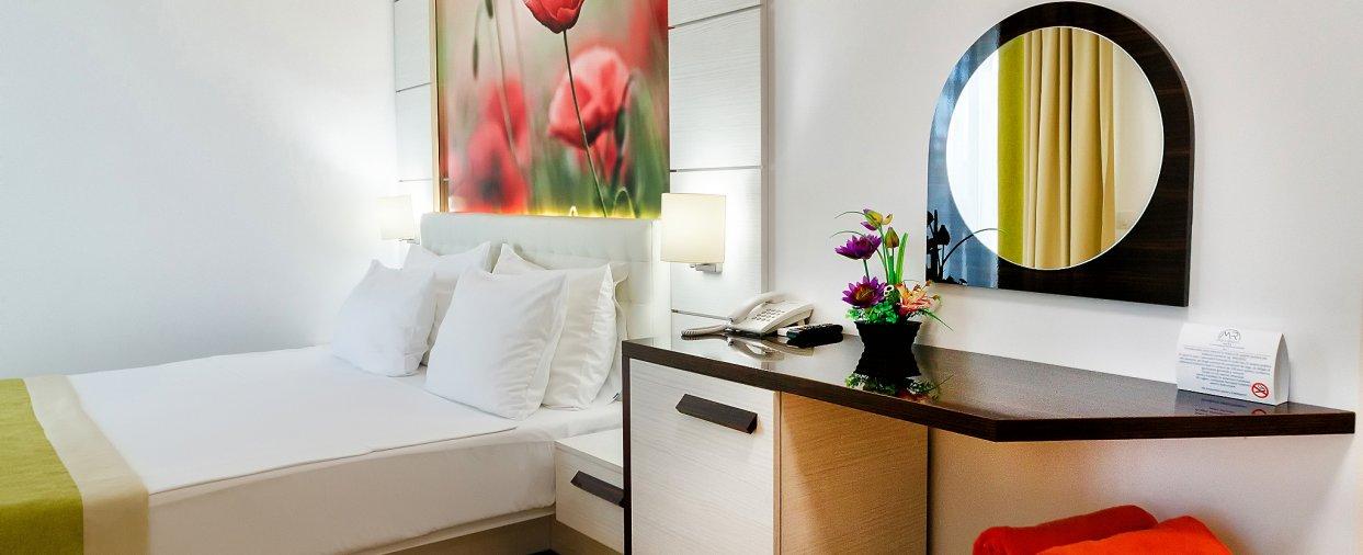 Cazare in Venus All inclusive - apartament junior suite - vedere dormitor