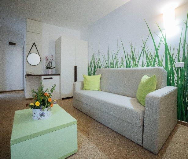 Cazare litoral vile - apartament junior - vedere in sufragerie